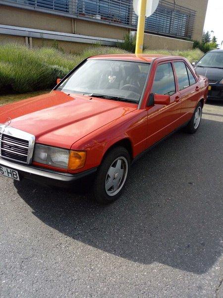 Mercedes190 foto 1