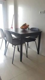 Conjunto mesa + 4 cadeiras Ikea foto 1