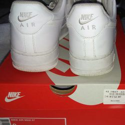 Nike air force af1 N°42 foto 1