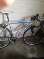 Bicicleta de estrada foto 1