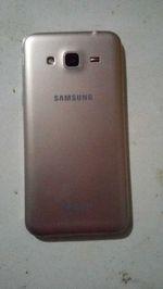 Samsung Galaxy J3 2016 foto 1