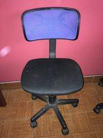 Cadeira de escritório em bom estado foto 1