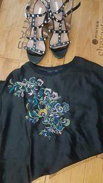 T-shirt de seda bordada foto 1
