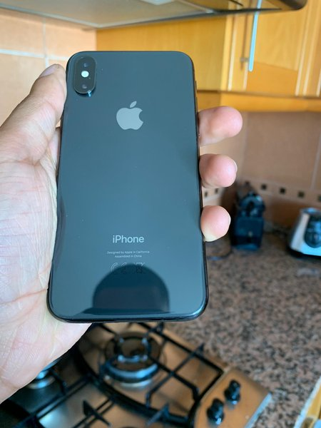 iPhone  xs 64 GB Apenas carregador e fones. foto 1