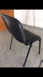 Cadeira escritório como nova. Preço original 30€ foto 1