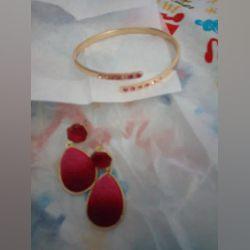 Conjunto de brincos e pulseira e colar foto 1