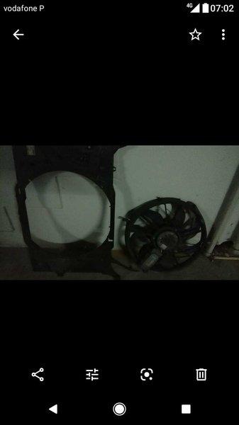 Módulo de radiador de Mercedes A180D ano de 2005 foto 1