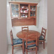 Mesa cozinha pinho diam. 1.80 e 4 cadeiras foto 1
