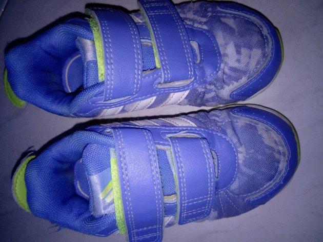 Tênis Adidas nr.24 foto 1