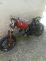 Vendo esta mota para peças foto 1