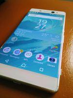 Sony XA Ultra foto 1