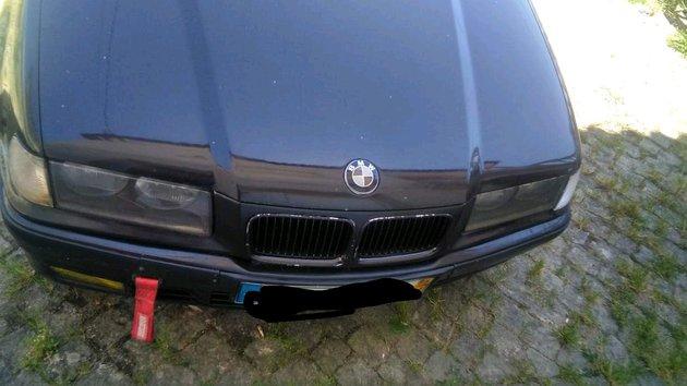 Carro BMW 316 foto 1