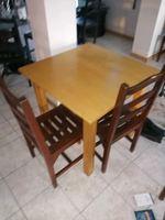 Vendo conjunto de 15 mesas e 20 cadeiras foto 1