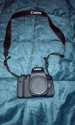 Canon 750D foto 1