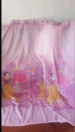 Vendo cortinas o par de criança foto 1