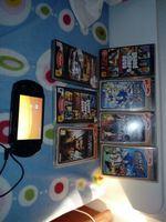 Vendo Psp street com 6 jogos carregador e cabo usb foto 1