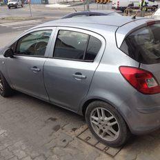 Opel Corsa D Enjoy 1,2 Gasolina foto 1