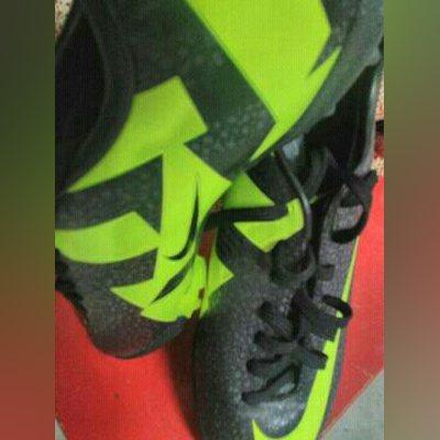 Chuteiras Nike 39