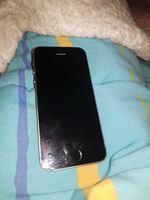 Vendo iPhone 5s 16g apenas partido atrás ! foto 1