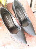 Sapatos pretos foto 1