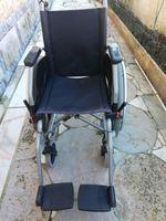 Vende cadeiras de rodas em bom estado foto 1