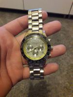 Um relógio marca Giovanni foto 1