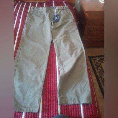 Vendo calças Roberto torretta