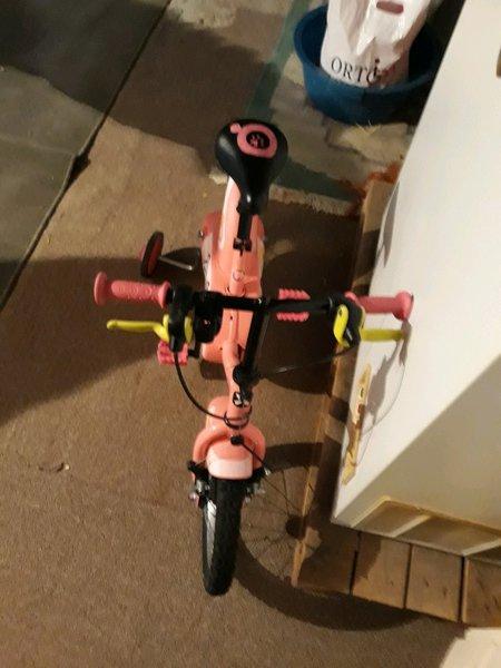 Bicicleta Btwin criança, dos (3 anos aos 6 anos), foto 1