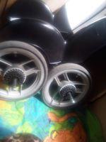 Rodas de carrinho de bebe foto 1