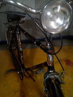 Bicicleta marca ye ye preta foto 1