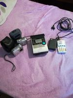 Vendo 2 máquinas fotográficas com impressora e carregador. foto 1