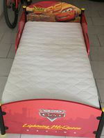 Vendo cama do faísca McQueen foto 1