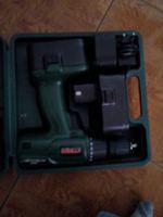 Maquina de apertar e furar,e lixadeira como Novo.. foto 1