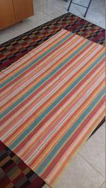 Carpete tecelagem plana em muito bom estado. foto 1