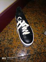 Vendem-se sapatilhas novas 40euros. foto 1