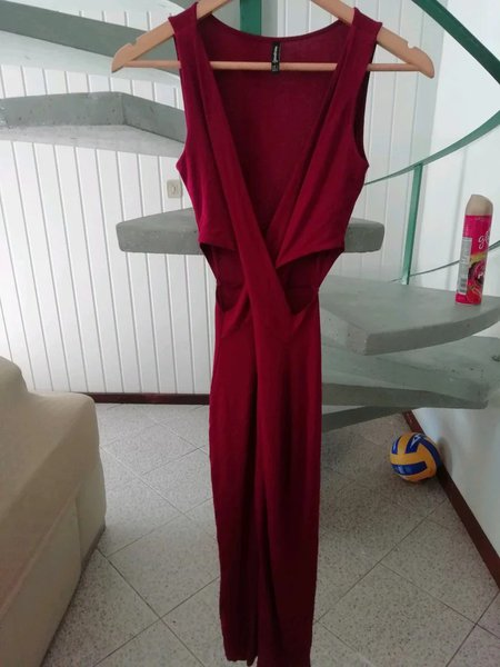 Vestido comprido bordô foto 1