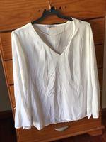 Blusa branca foto 1
