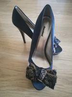 Sapatos elegantes de salto alto foto 1