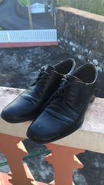 Sapatos de cerimónia  Muito confortável  Numero:40 foto 1