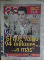 Cristiano Ronaldo 3 jornais AS 2009. foto 1