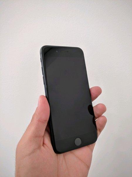 iPhone 7 Desbloqueado com Garantia e Fatura foto 1