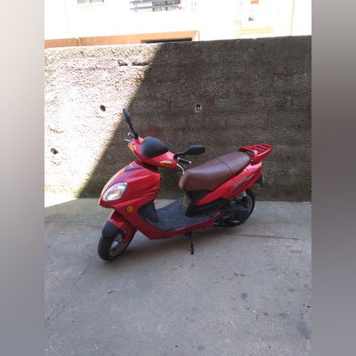 Vendo moto de 150 cc, potente e econômica, ano2007 foto 1