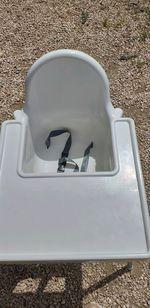 Vendo cadeira refeiçao bebe com pouco uso. foto 1