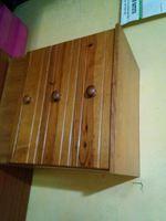 Cama e mesinhas de madeira sem colchao foto 1