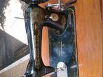 Máquina de costura antiga foto 1