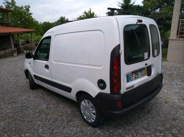 Renault Kangoo com 320 mil km. Rivisaõ completa foto 1