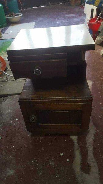 Mesa de cabeceira foto 1