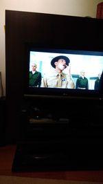 Móvel TV  e 6 cadeiras foto 1