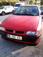 Seat Ibiza gasolina  em bom estado com 130000 km