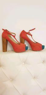 Sandália alta foto 1